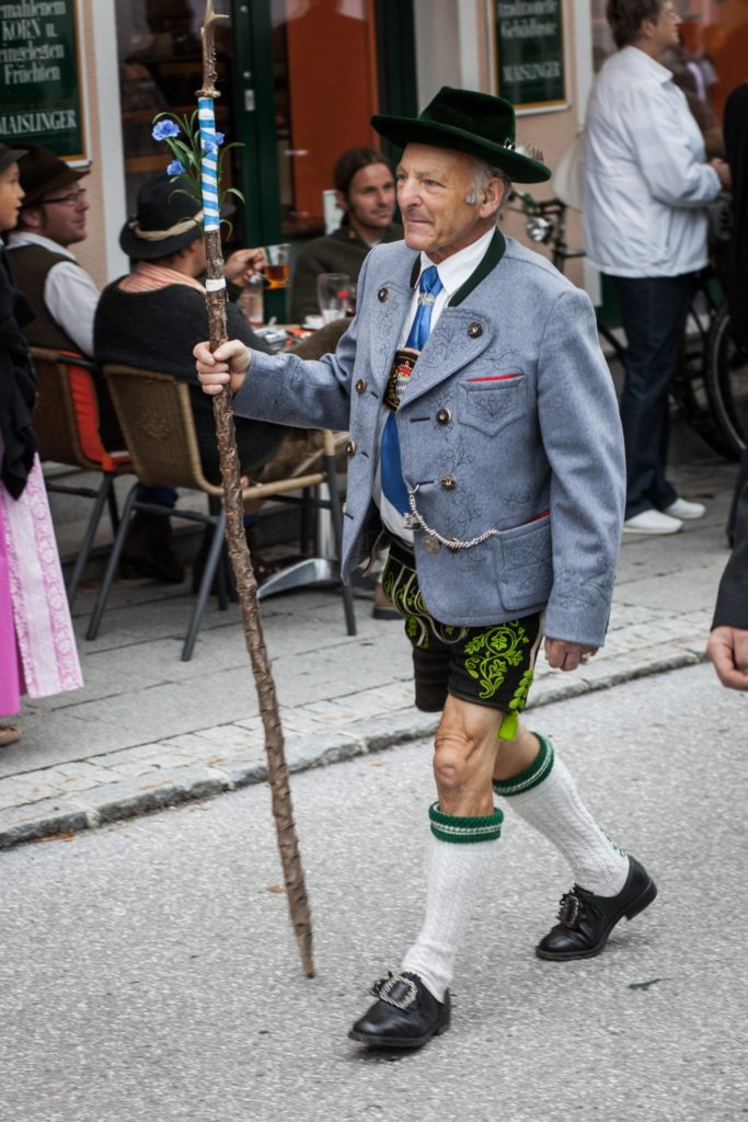 An old men wearing traditional Bavarian costume