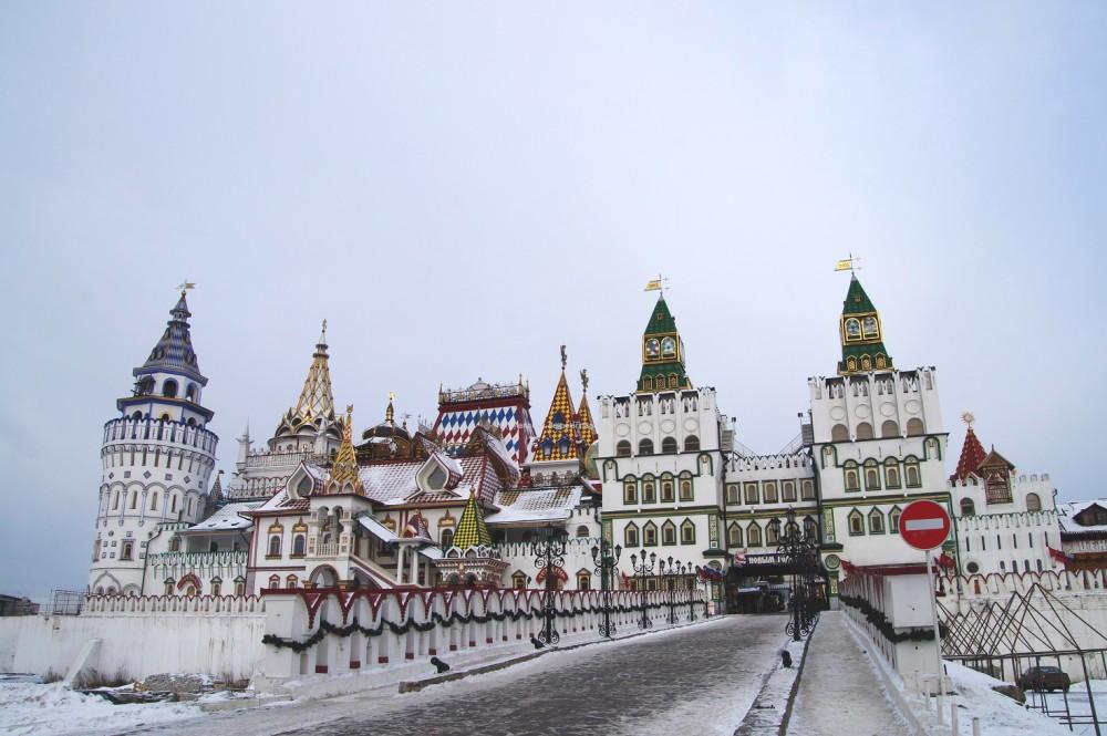 Izmailovsky flea market in moscow russia