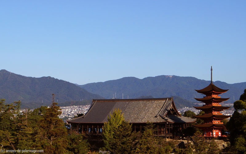 The Senjokaku Hall shrine in miyajima from above