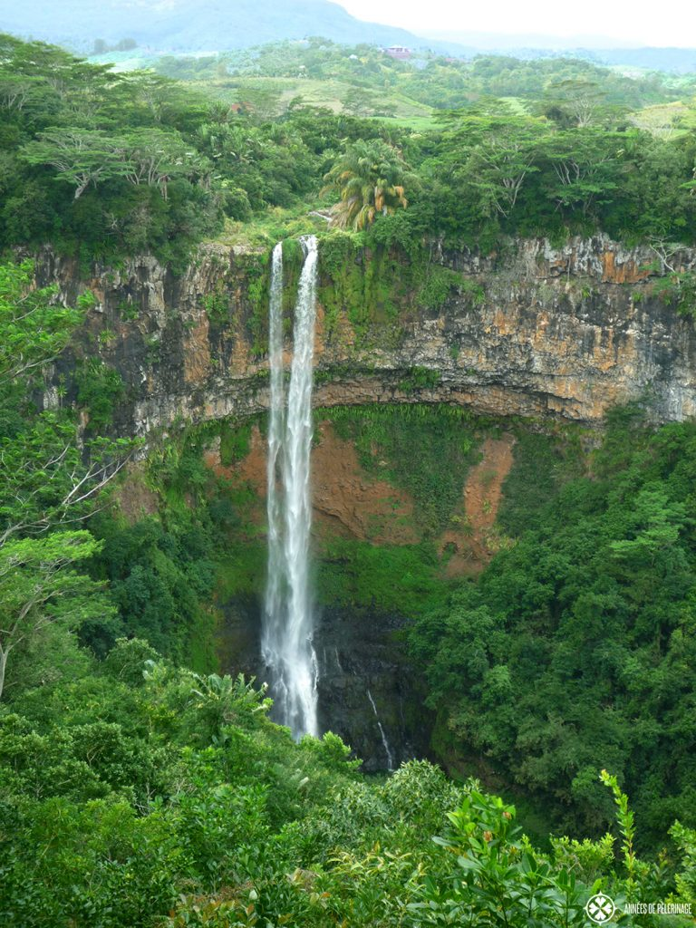 The amazing chamarel waterfalls in Mauritius