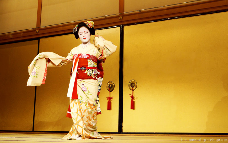 geisha dancing at traditional dance in gion corner theater in kyoto
