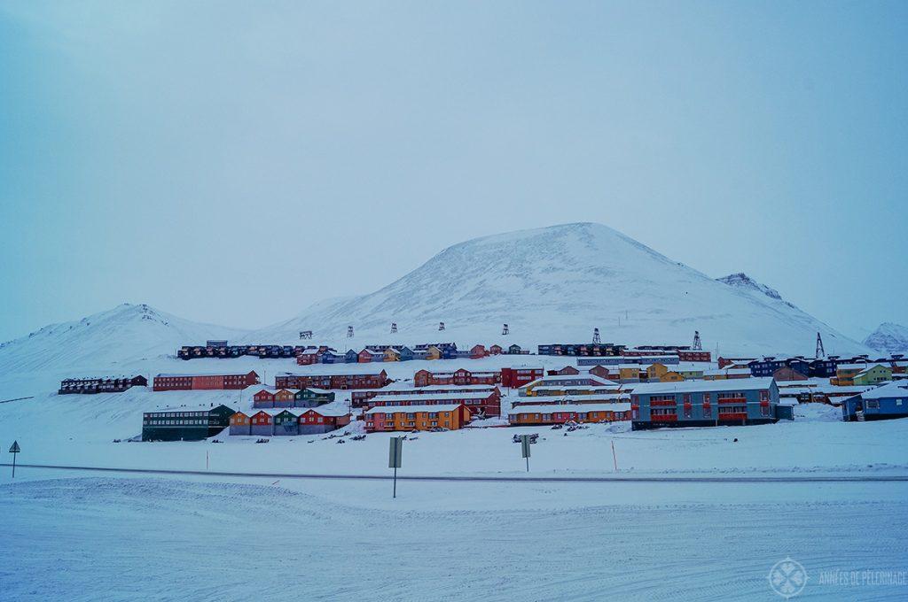 Longyearbyen Spitsbergen settlment houses