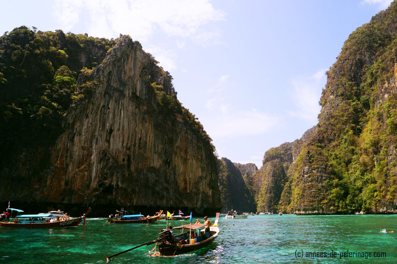 Motorboats on the wayy to James Bond Island, Phuket, Thailand