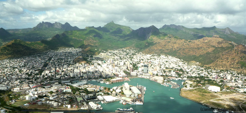 port louis mauritius seen from above