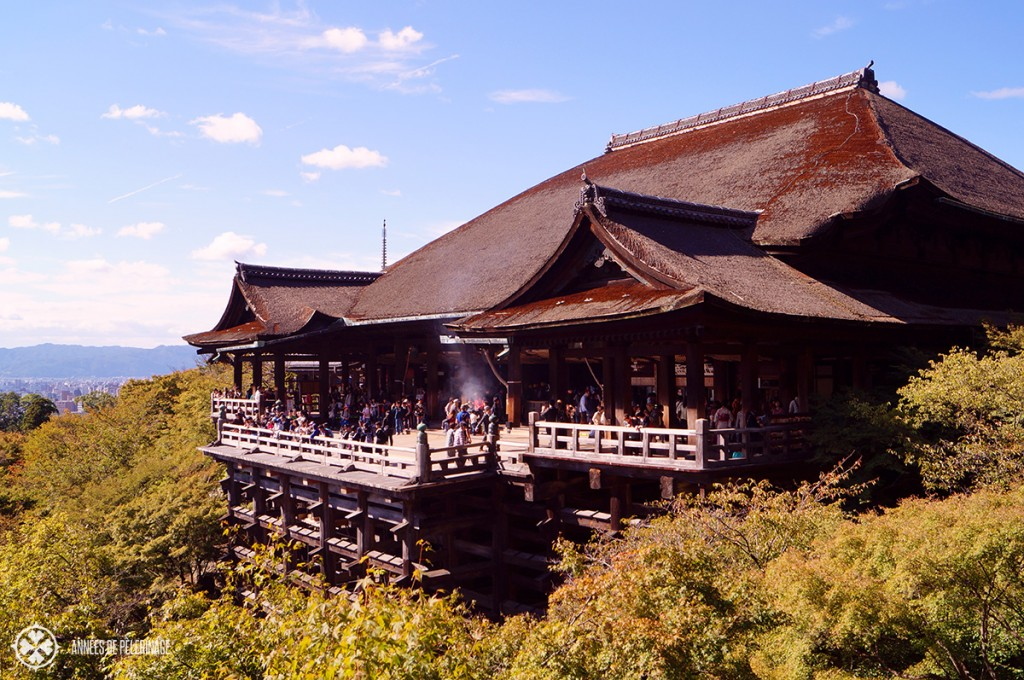 Kiyomizu-dera - the giant buddhist temple in Kyoto with its huge wooden stage abutting the sky