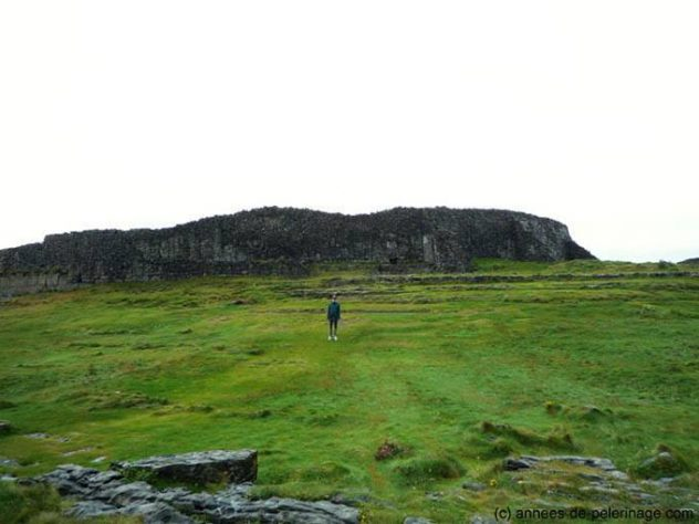 Me in front of the outer wall of Dún Aonghasa (Dun Aengus) on Aran Islands, Ireland