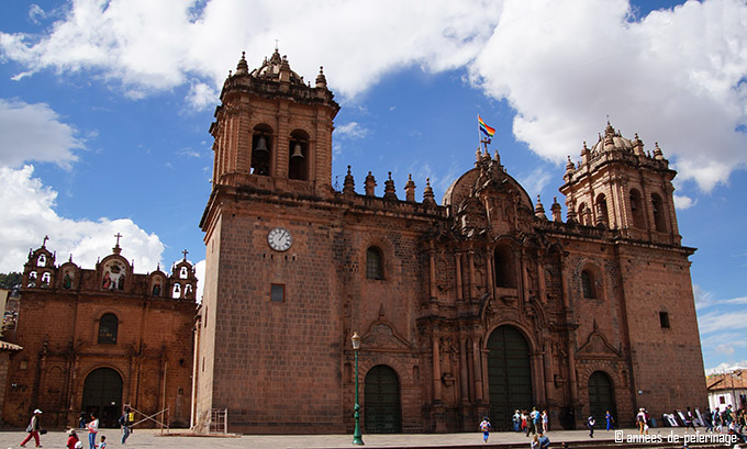 The plaza der armas and its cathedral in cusco, peru