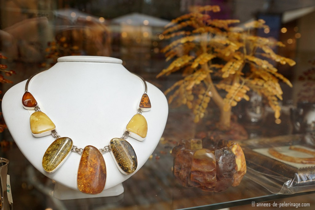 Amber shopping in riga - one of the best ways to get an authentic souvenir