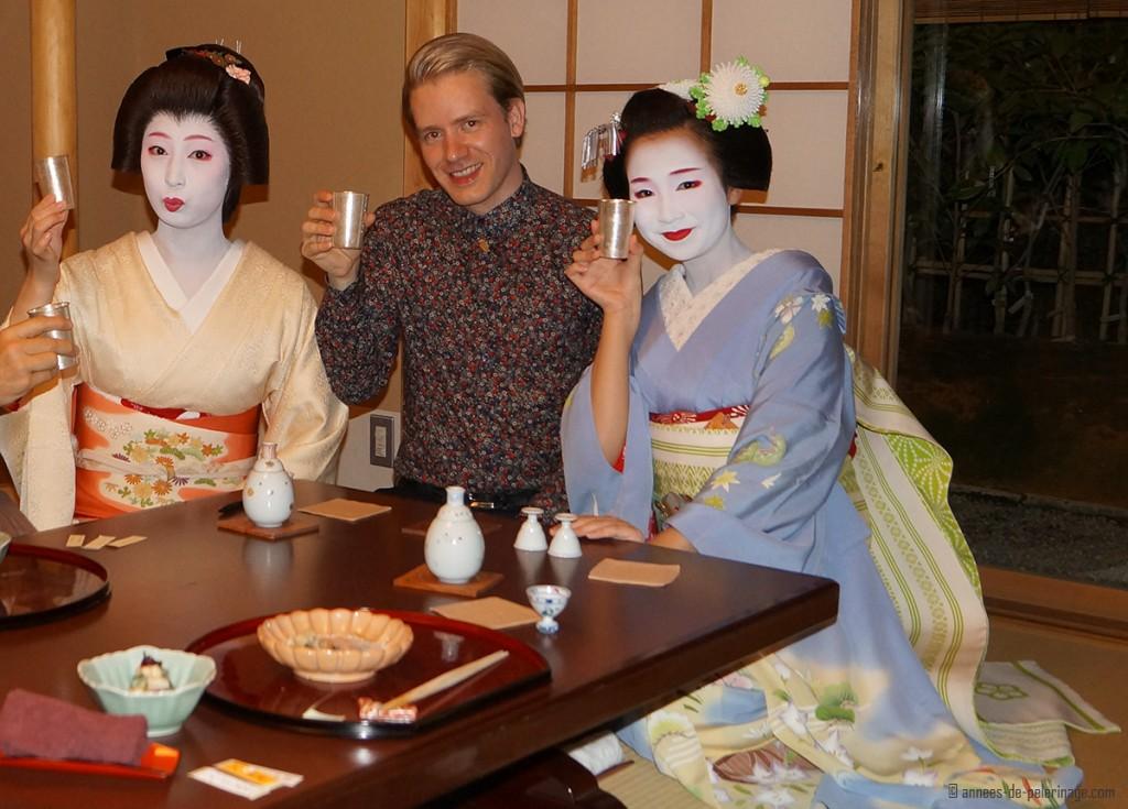 geisha party ozashiki tawaraya ryokan
