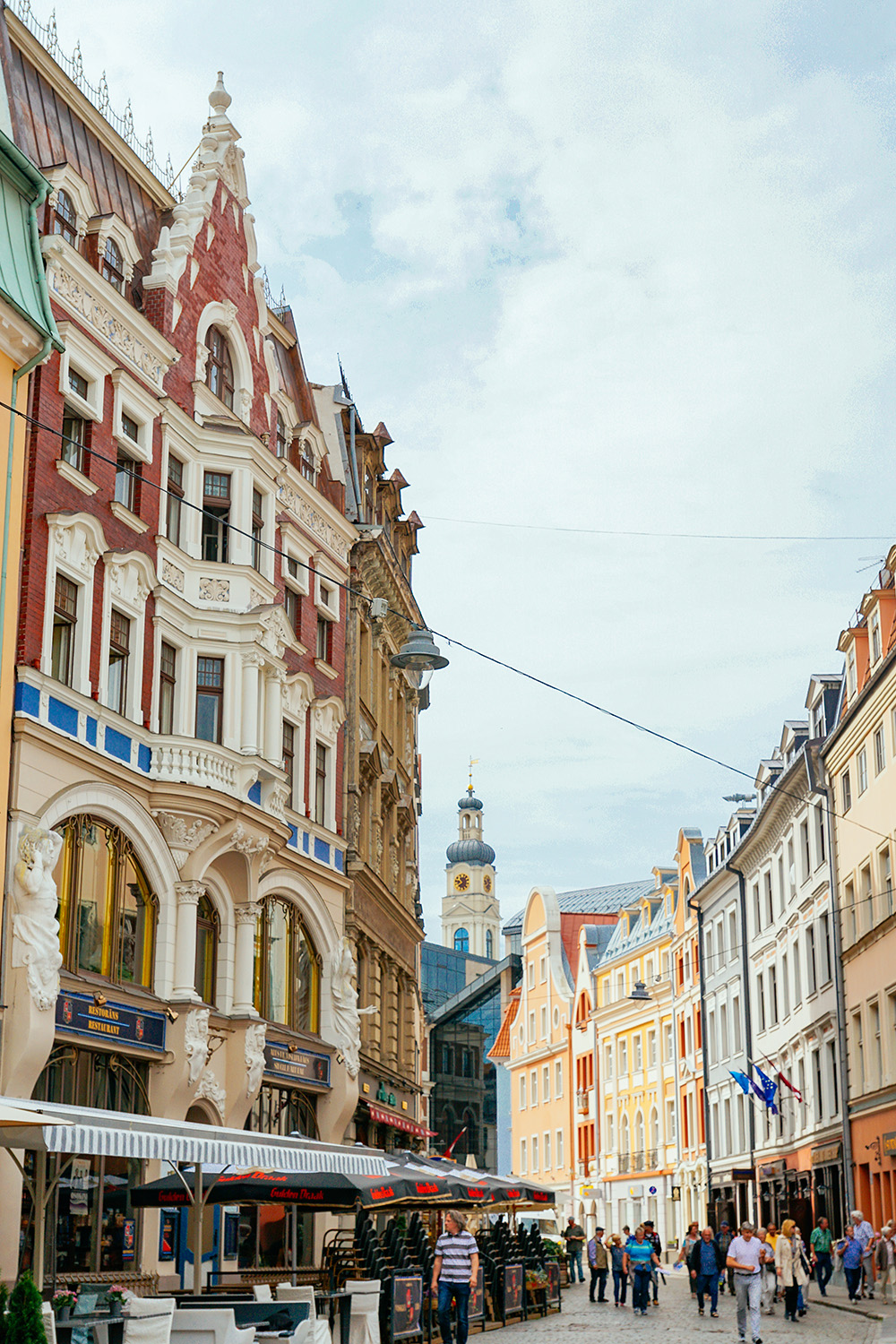 A street in the old town of Riga - such a beautiful things to do in Riga