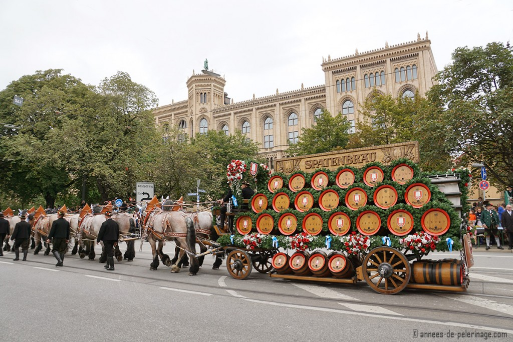 The spatenbräu beer carriage in front of the Oberbayern parliament building