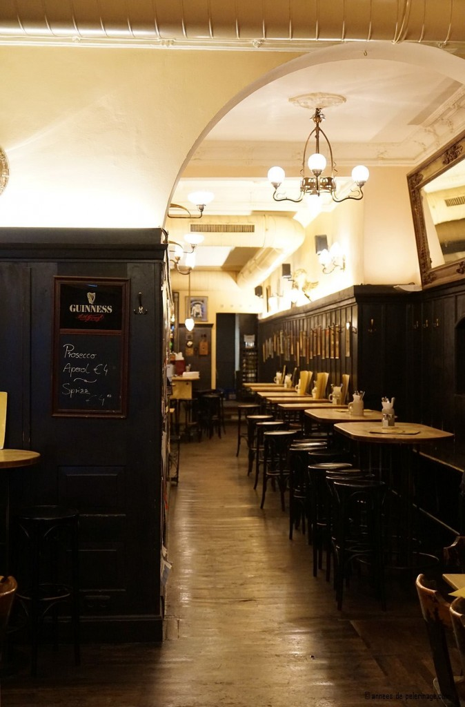 Inside the Jugenstil restaurant Alter Simple in Schwabing - The very birthplace of the Art Nouveau
