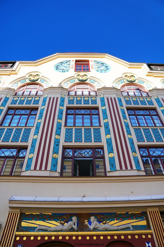 colorful Art Nouveau house at the Ainmillerstrasse 22 in Munich