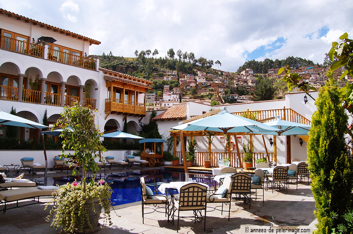 The pool at Belmond Palacio Nazarenas in Cusco in the early morning, where you can eat breakfast