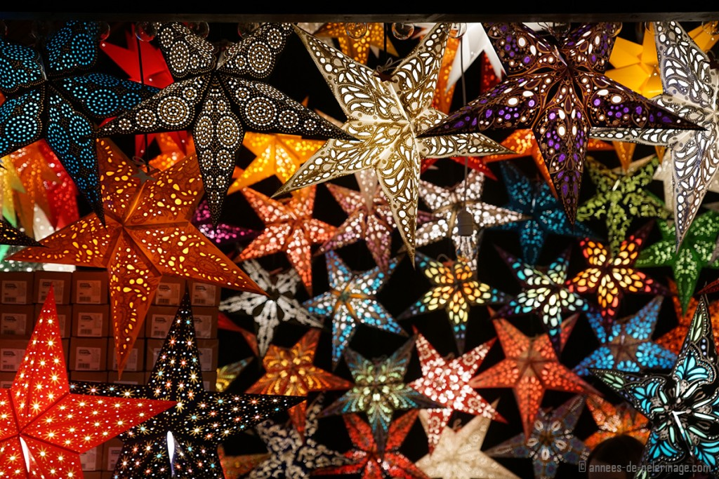 Paper stars sold as Christmas decoration in Munich