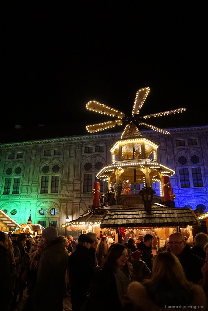 The Christmas marked inside the Residenzhof in Munich