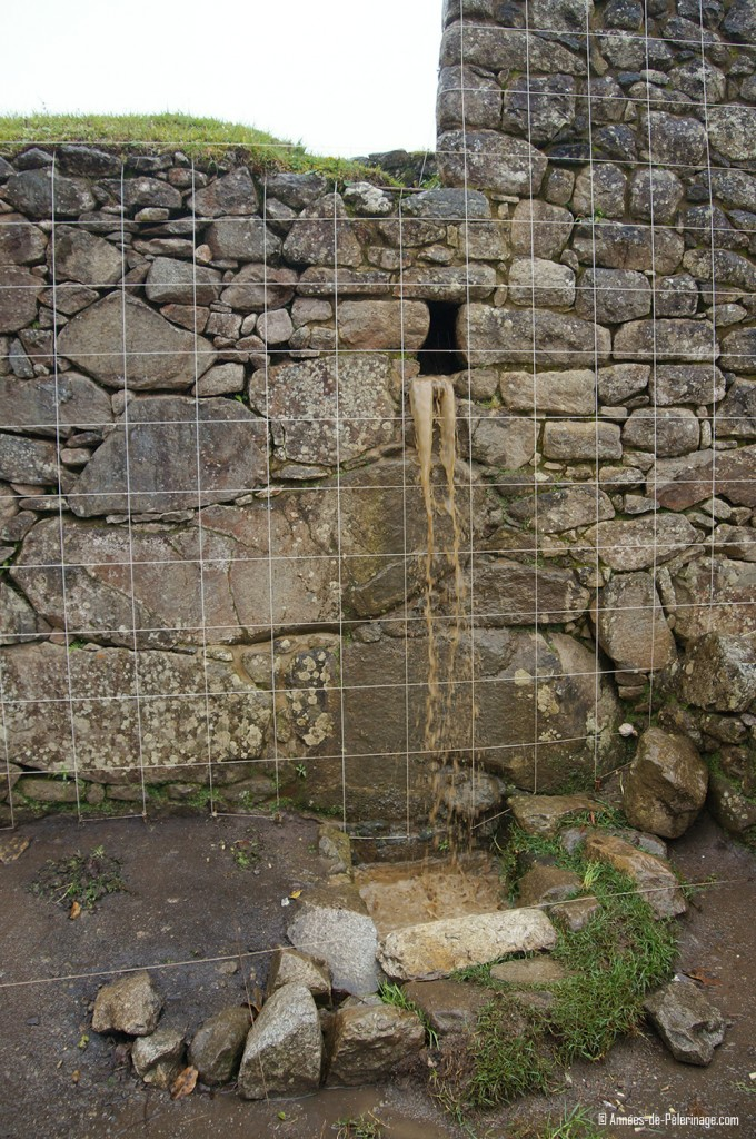 Machu Picchu facts: the drainage system of the fields inside Machu Picchu works up until today