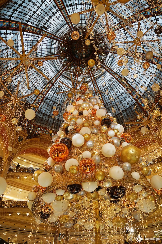 The outstanding christmas tree at the Galleries La Fayette in Paris. If your list of things to do in Paris features