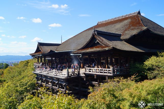 Kiyomizu-dera in kyoto - the Giantic buddhist temple should be on every list of things to do in Kyoto