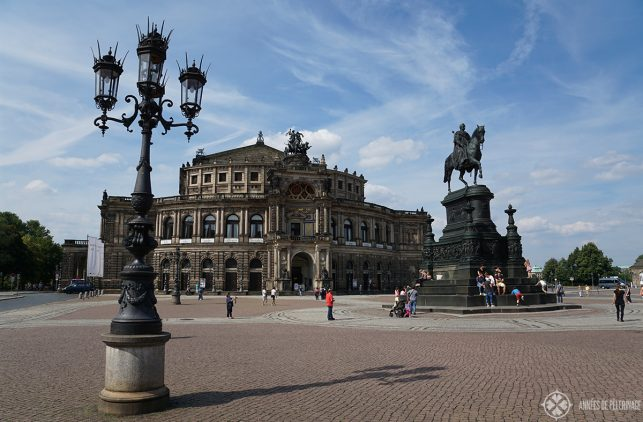The semperoper in Dresden. The famous opera house should be on your list of things to do in Dresden