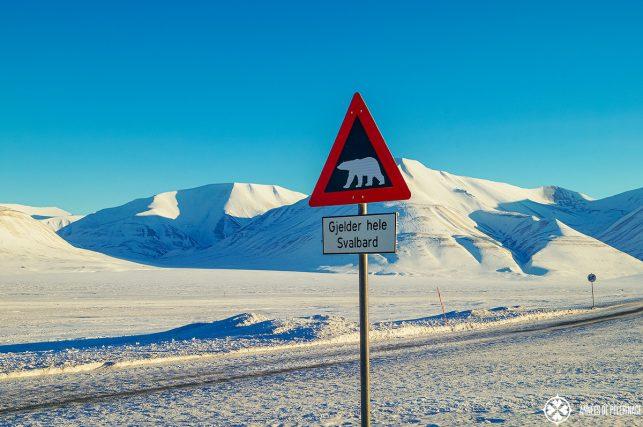 Beware the polar bears sign in Longyearyben