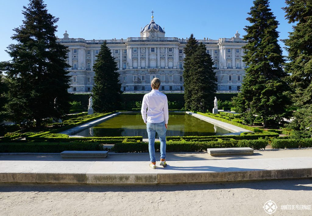 Me standing in front of the Palacio Real in Madrid