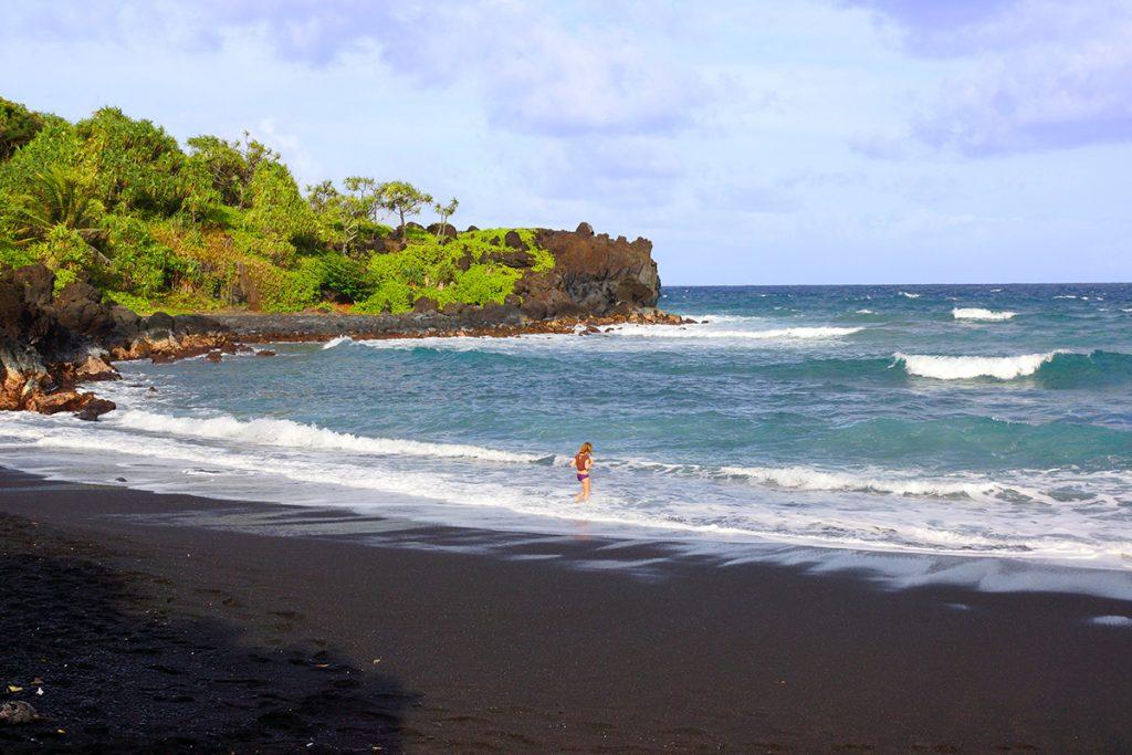 The black beach at Wai'anapanapa State park