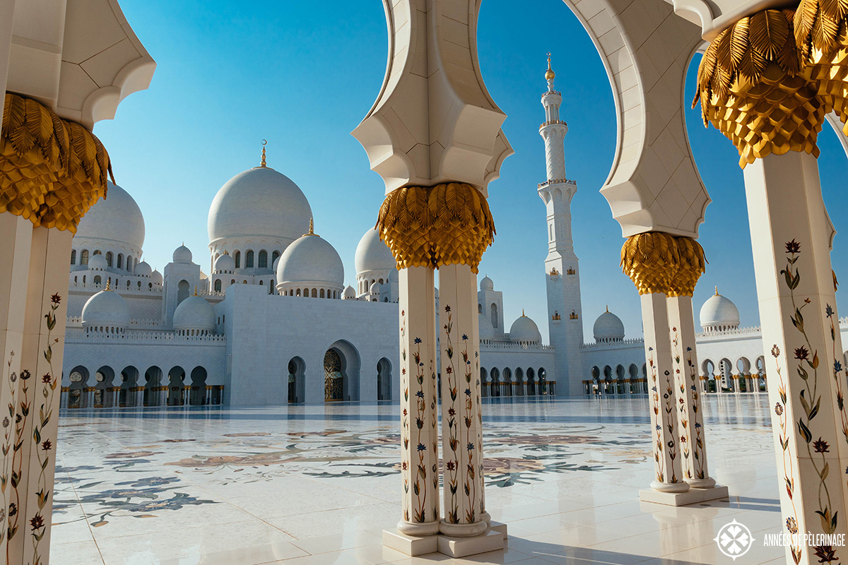 The 10 best things to do in abu dhabi uae practical tips the sheikh zayed grand mosque one of the best things to do in abu dhabi solutioingenieria Images