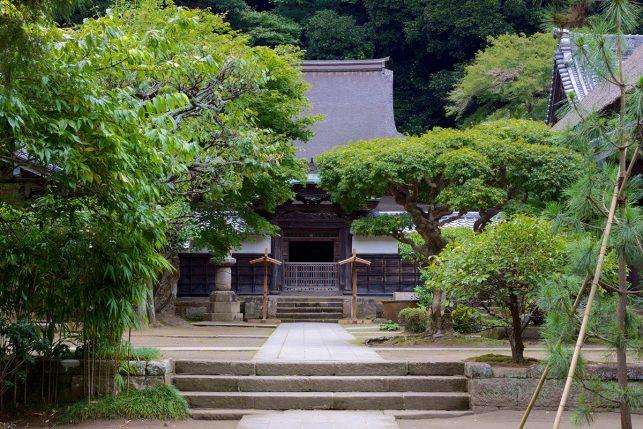 The main hall of Engaku-ji temple in Kamakura, Japan