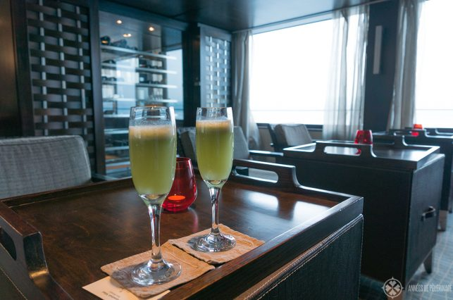 the welcome drink onboard the Oberoi Zahara luxury Nile cruise ship in Egypt
