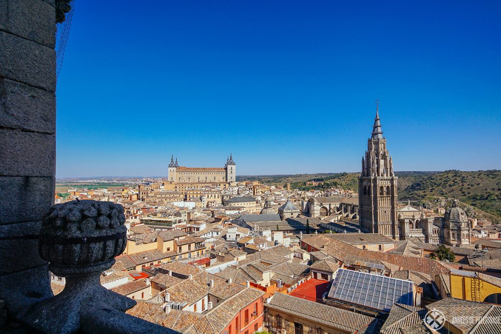 view of toledo from atop iglesia de san illdefonso