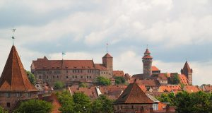 Full view of Nuremberg Castle called Kaiserburg and one of the best things to do in Nuremberg