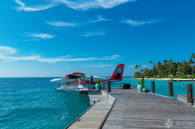 A sea plane of the Trans Maldivian Airways at the main jetty of the Constance Halaveli