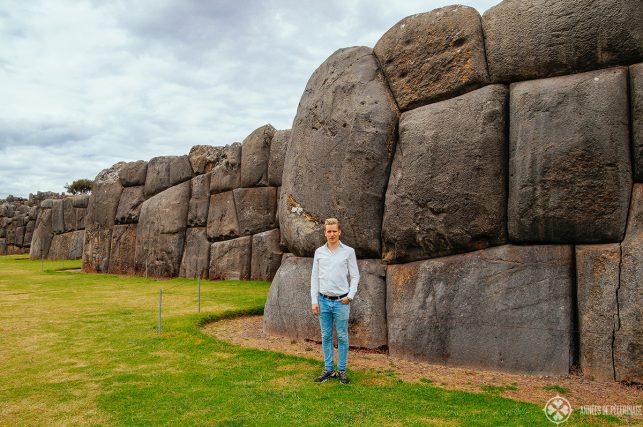 Me in front of the stone wall around Sacsayhuamán to give you a good impression how huge it is