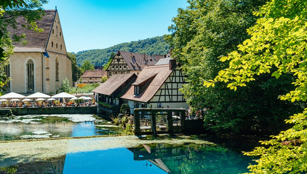 Blaubeuren day trip from Munich - how to visit the amazing UNESCO World heritage site and the Blautop in one day