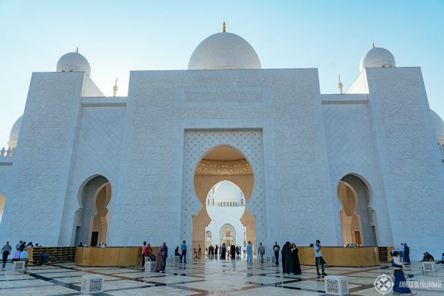 Locals in front of a mosque in Abu Dhabi