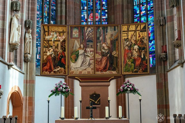 The altar inside the Marienkapelle