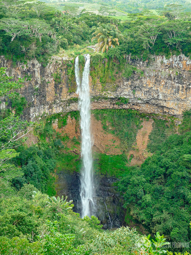 The amazing chamarel waterfalls - one of the best things to do in Mauritius