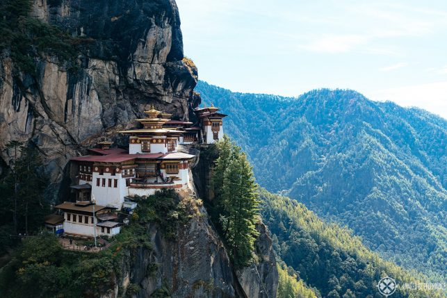 The classic view of the Tiger'S Nest monastery in Paro, Bhutan
