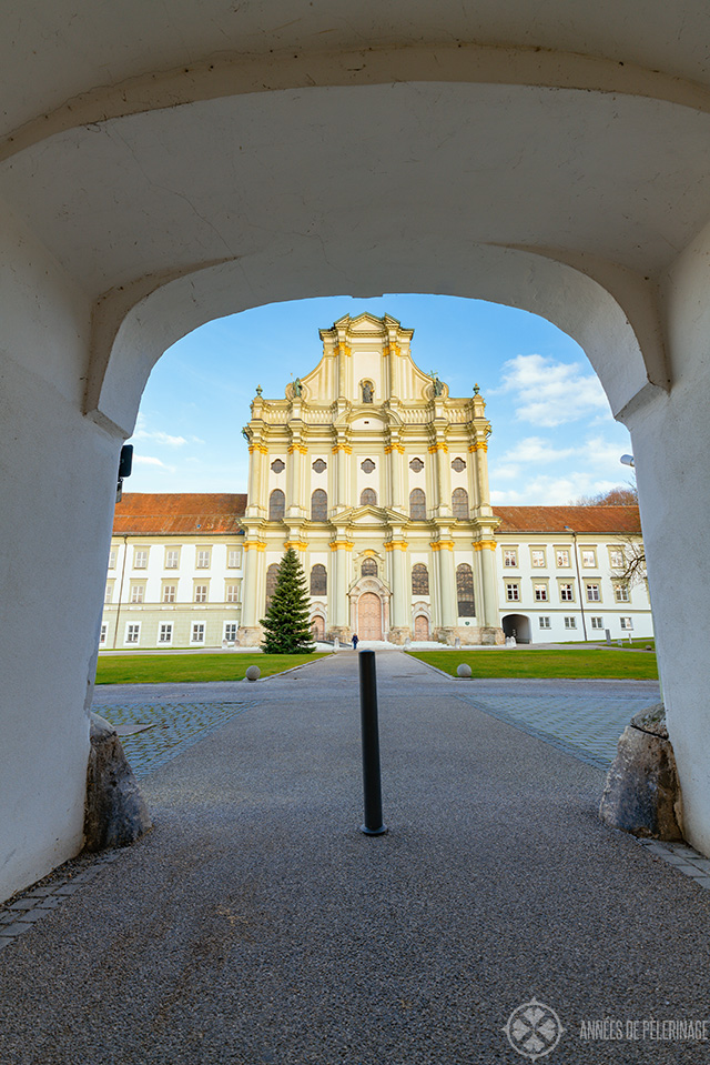 Fürstenfeld abbey as seen through the arch of the entrance
