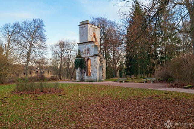 An artificial ruin inside the Park an der Ilm in Weimar