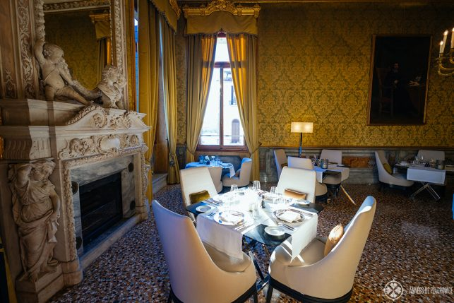 Another room in the Arva restaurant of AMan Venice
